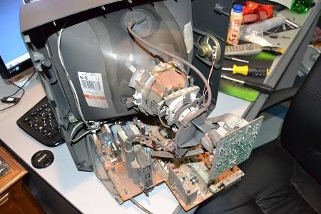 производим ремонт кинескопных телевизоров
