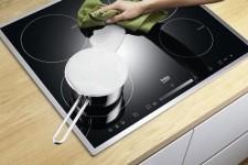 чем почистить керамическую плиту