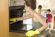 чистика духовки от жира и нагара