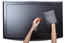 протирать экран жк телевизора