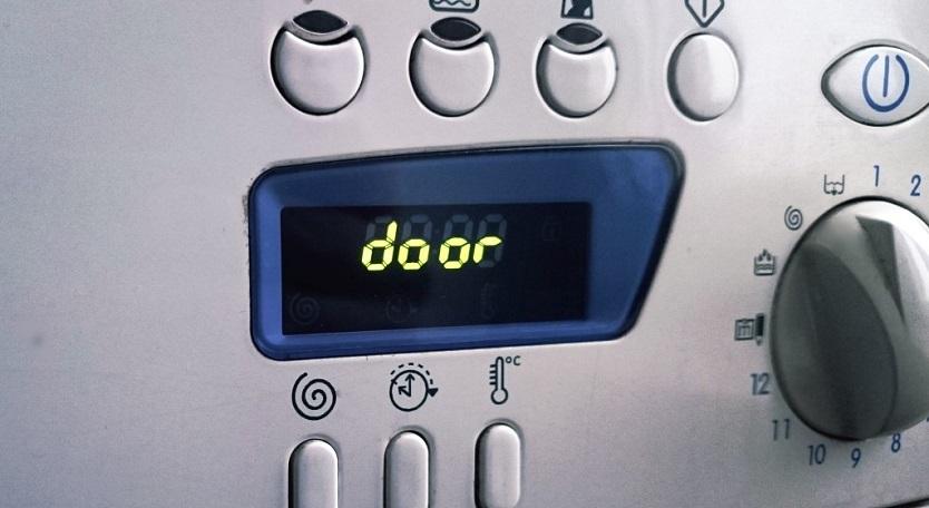 Стиральная машина Samsung — код ошибки dE, Ed или Door