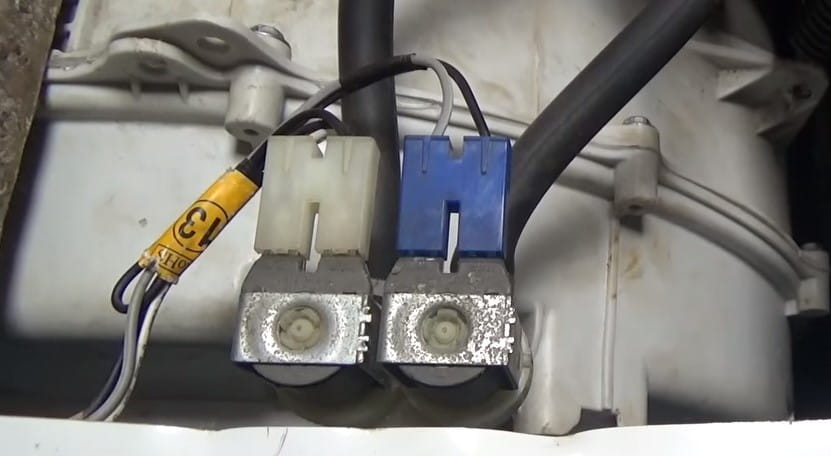 Неисправен клапан подачи воды
