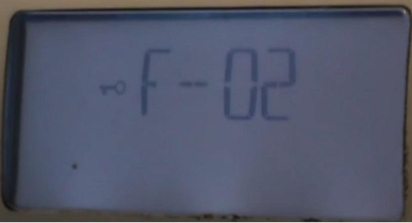 Ошибка стиральной машины Аристон F2 (F02)