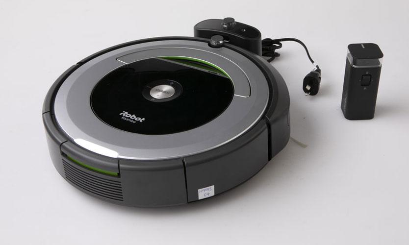 iRobot Roomba 690