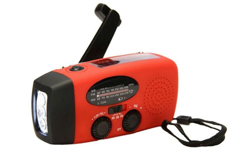FASDGA AM FM WB RADIO