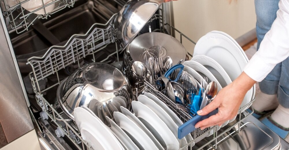 На что обратить внимание при выборе компактной посудомоечной машины?